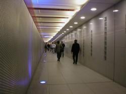 "Der ""Mäusetunnel"" in der Berliner U-Bahn-Station ""Stadtmitte"""