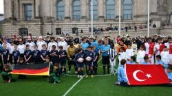 Blindenfussball-Länderspiel Deutschland gegen Türkei am 20. Mai 2010 vor dem Reichstag