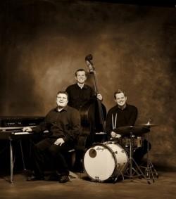 George Nussbaumer & Band - Markus Kreil: Bass, Lukas Bildstein: Drums